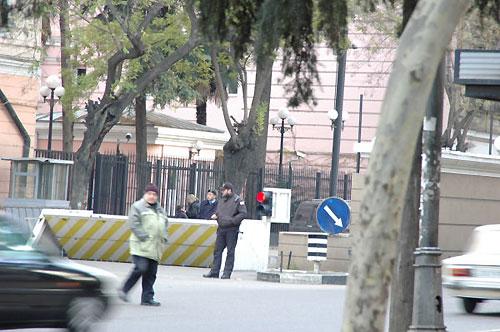 トビリシの米国大使館前